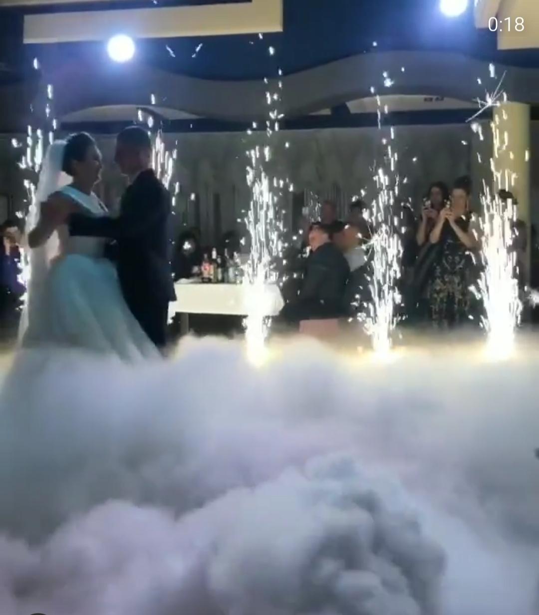 Весільні спецефекти на перший танець: професійне обладнання для романтичних моментів